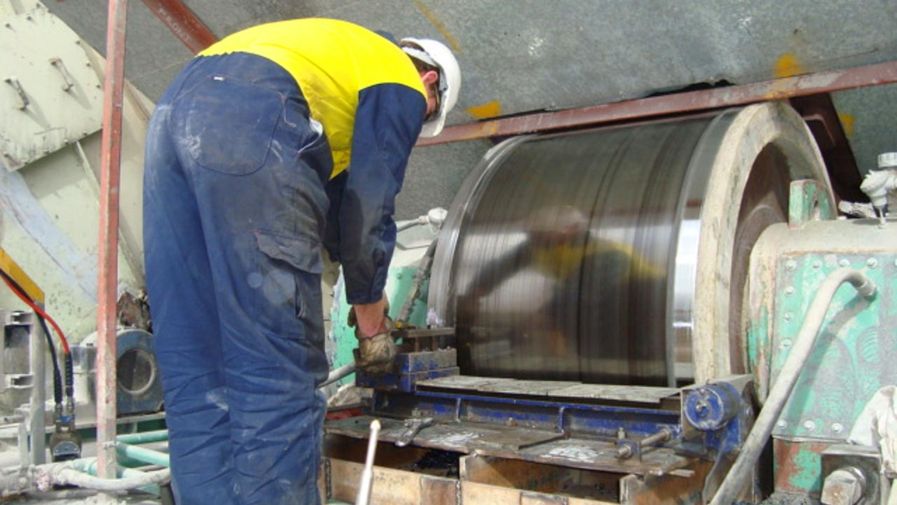 Welding repairs for kilns